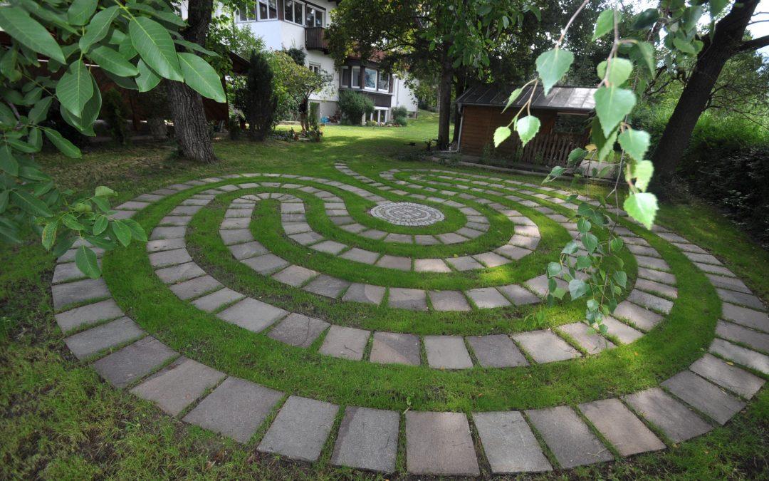 "Vortrag ""Das Labyrinth"" Mag. Gernot Candolini"